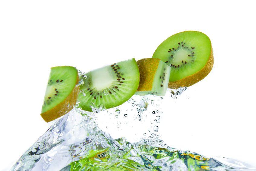 14 Benefits Of Eating Kiwi Fitnea Com
